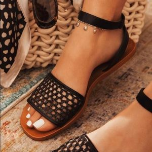 New black woven texture sandals